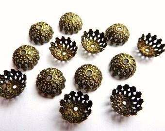 30 bead caps, bronze
