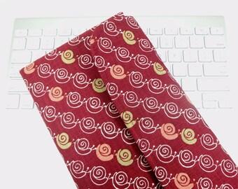 LAST ONE Apple Wireless Keyboard Sleeve Case Cover Padded Flap Closure Kimono pattern fabric Snails Dark red