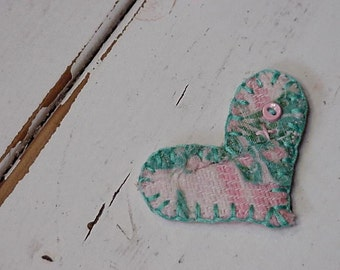 Quilted Heart Brooch, Tattered Patchwork Ornament, Original Primitive Cutter Quilt Valentines Day XO Prim Lapel Pin itsyourcountry