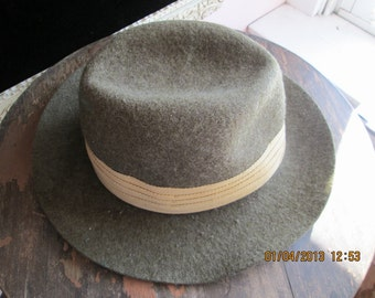 Classic Vintage Ladies Woman's wool fedora hat manufactured in England