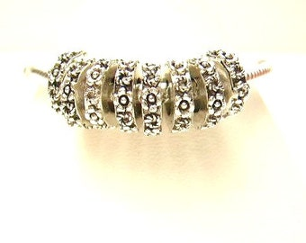 10 Thin Floral Spacer Rings, Antique Silver  European Style, Spacer Beads for Bracelets - Euro