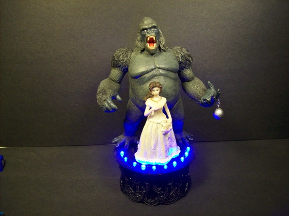 king kong wedding cake topper unavailable listing on etsy 16642