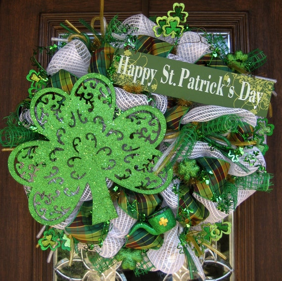 deco mesh happy st patrick 39 s day wreath. Black Bedroom Furniture Sets. Home Design Ideas