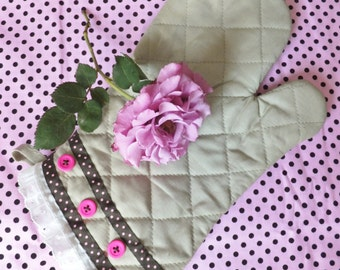 Brown and Pink Polka Dot Oven Mitt with Pink Buttons