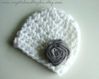 Crochet Baby Girl Hat with Flower in White and Gray, Photo Prop, Baby Hat, Newborn Hat, Baby Girl Hat,
