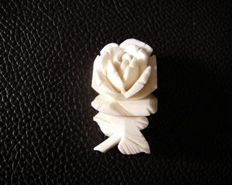 white rose brooch 60s Vintage