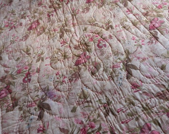 Antique French hand quilted quilt boutis bedspread comforter wool filled throw double sided coverlet bed spread Provence country cottage