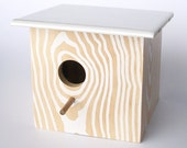 Modern Faux Wood Grain Birdhouse - Nest Box - White Natural - HublerFurniture