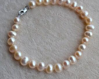 pearl bracelet, 6-7mm ivory Freshwater Pearl Bracelet, custom pearl bracelet, real pearl bracelet, single strand pearl bracelet