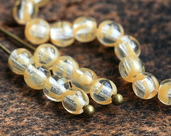 4mm Light Beige Czech glass beads, round spacers, druk - approx.100Pc - 0790