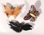 Art Deco lot of Three Brooches Butterflies Dragonfly  Bakelite  Blond Horn 1930s French Jewelry