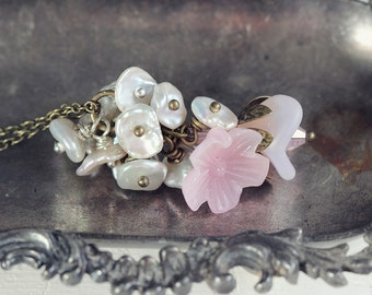 Vintage Style Flower And Pearl Necklace. A Romantic Necklace with Keishi Pearls and Glass Flowers