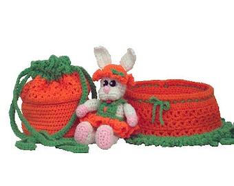 PDF Amigurumi Crochet Pattern - Bunny Purse/Bassinet  (7326-PDF) Td creations