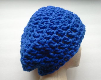 Blue slouchy hat with chunky yarn, crochet beret, soft and squishy