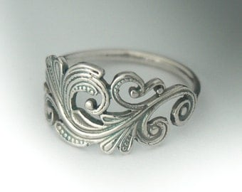 Classic Sterling Silver Art Nouveau Ring. Swirl Scroll Ring