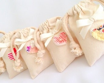 Muslin Favor Bags  Vintage Heart Bag  Shabby gift bags, Farmhouse Favor Bag  Wedding Accessory Party Bag  Cottage Chic Muslin Bag  (10)