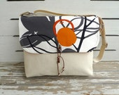 Cute White Messenger Bags for School /  Canvas  Shoulder bag / Cross Body Messenger