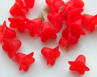 18mm Frosted Red Acrylic Trumpet Flower Beads, 10 PC (INDOCO9)