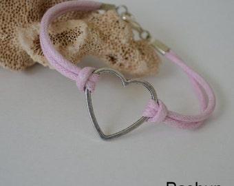 Jewelry ... Heart on  Pink Corded Bracelet (0780)