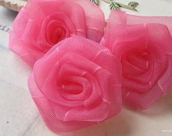 33 mm Rolled Lace Hot Pink Rose Flower  (.tu).