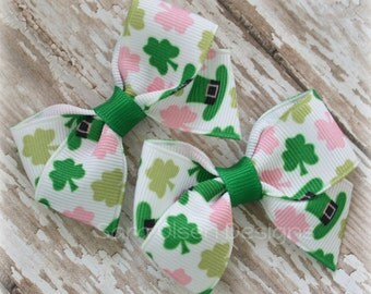 Petite Classic Hairbow, Set of 2, St. Patrick's Day, Shamrock, Simple Bows, 2.5 Inch Hairbow, Hair Clip, Girls Hairbows, Green White Pink