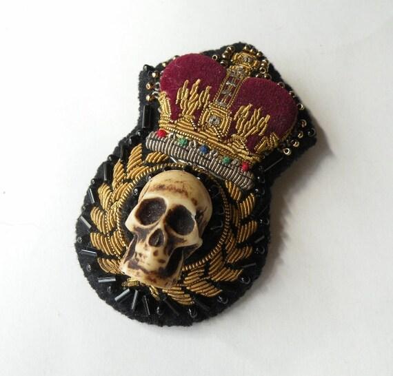 Skull & Crown Brooch
