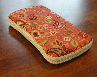 Baby Wipes Case, Travel Wipes Case with Pink Paisley Print and Beige Trim