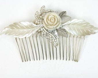 Bridal Hair comb Silver Vintage Wedding Hair comb Leafs Flowers and Crystals Flower bridal Rhinestones wedding Haircomb Wedding Hair Comb