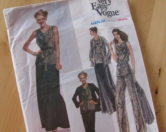 Vintage Vogue Sewing Pattern 1803 - Edith Head - Misses Jacket, Blouse, Skirt and Pants  - Size 12