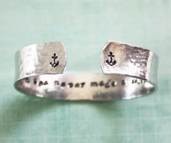 A smooth sea never made a skilled sailor, quote bracelet, secret message bracelet, custom bracelet, anchor bracelet, inspirational quote