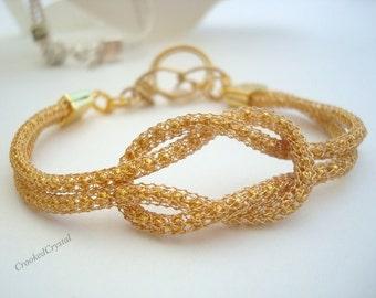 Bracelet - Love Knot - Gold SilverSilk - Toggle Closure - Gold Love Knot