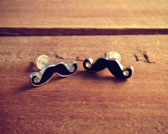 1 pair Mustache Earring posts Black Mustache Charm Small Charm Pirate Mustache Vintage Style Pendant Charm Jewelry Supplies BB002
