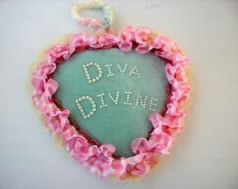 Award for a Diva Divine
