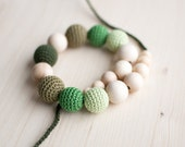 Teething necklace / Crochet nursing necklace - Shades of green, Gradient green