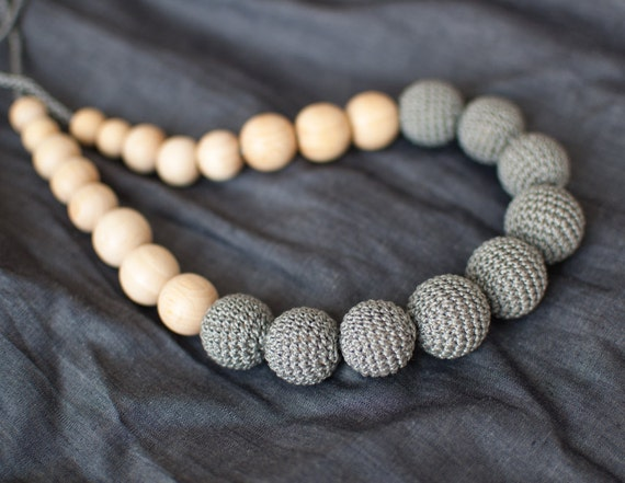 Grey teething necklace / Nursing necklace / Mommy necklace