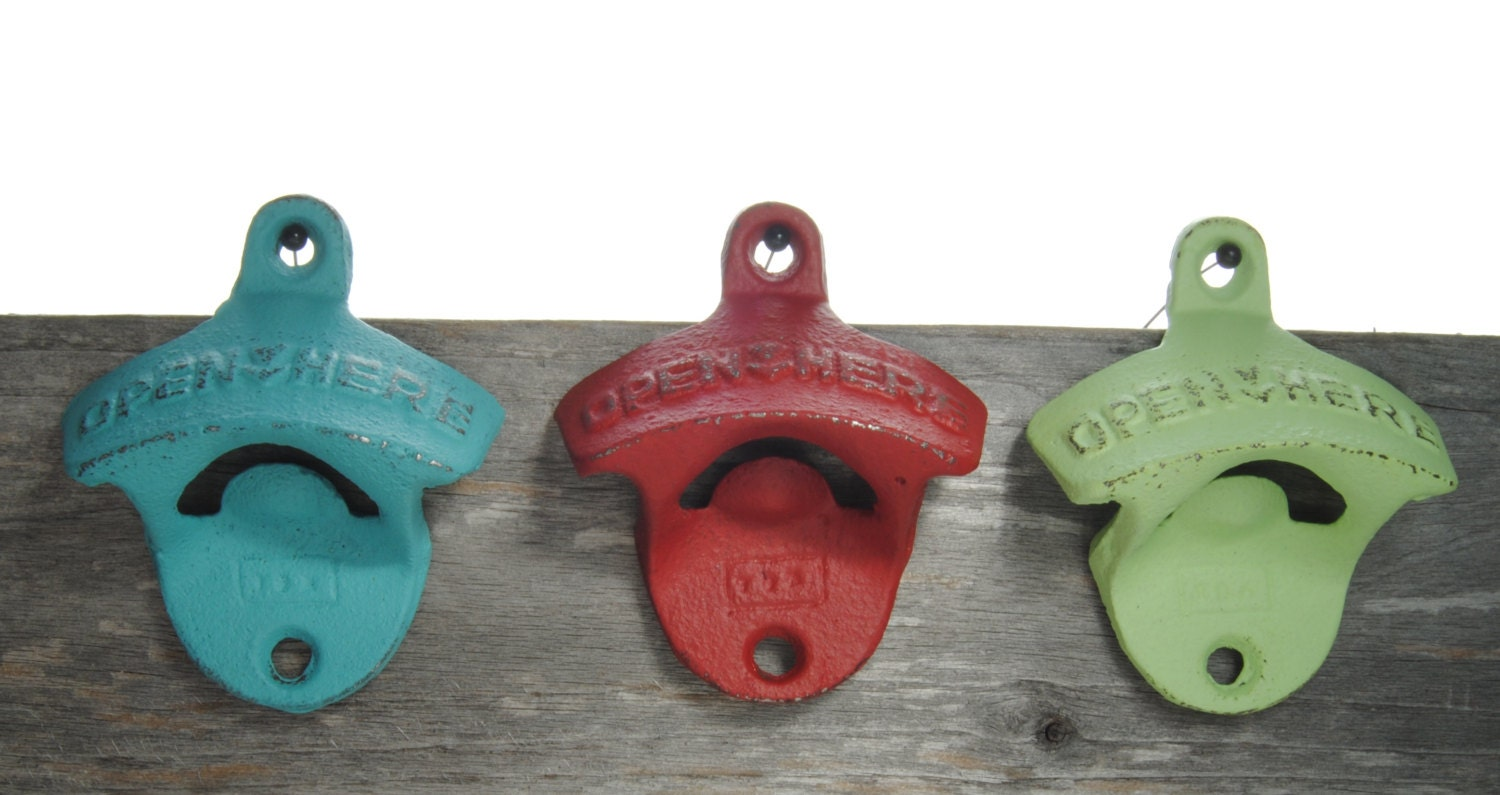 Vintage wall mount bottle opener canadian made great zoom amipublicfo Image collections