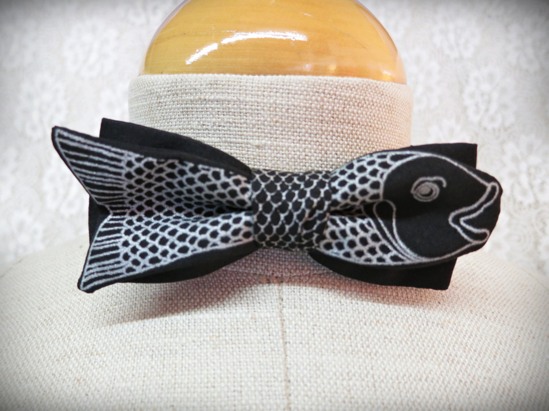 Vintage bow tie koi fish bowtie animal print bow tie formal for Fish bow tie