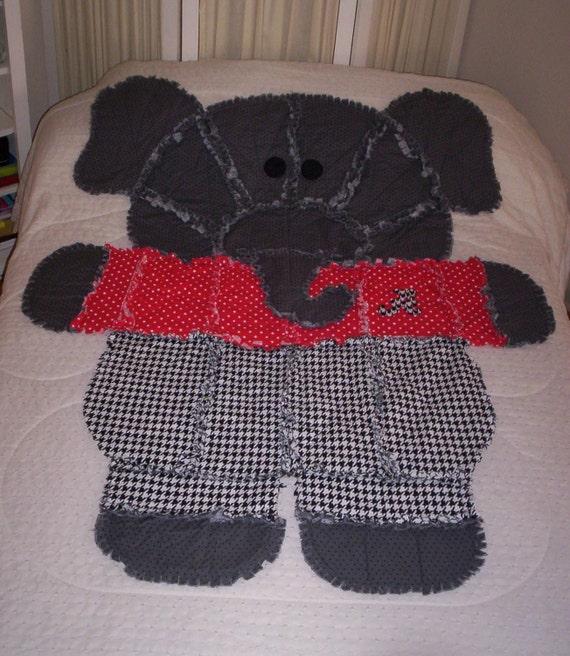 Dog Threw Up On Rug: Items Similar To 4' X 5' Alabama Elephant Rag Quilt/Throw