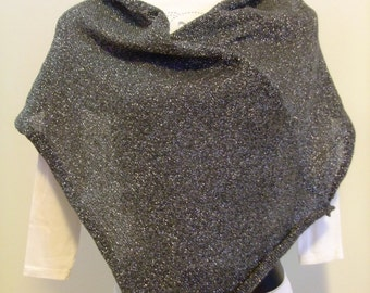 Grey poncho,shawl,blend wool and silver lurex,knitted,soft,warm,accessory