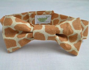 Giraffe Print Bow Tie and/or Suspenders- Great Photo Prop for Infant/Newborn/Toddler, Cute for Weddings, Cake Smashing