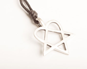 New HIM Heartagram Pentagram Necklace and Pendant Jewelry Silver Pewter