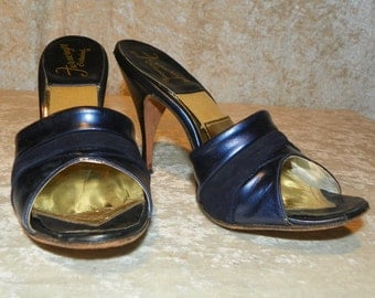 Shoes by Ferncraft  Slip on Spring-o-Lators High Heels Metallic Midnight Blue Leather Suede Sz 6N