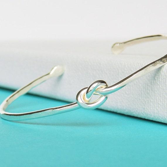 to Love Knot Bracelet