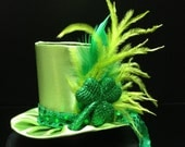 Cute Green Satin St. Patrick's Day Mini Top Hat for party, Tea Party or Photo Prop - daisyleedesign