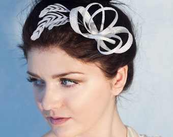 Bridal fascinator with feathers, wedding feather headpiece, millinery bridal headpiece