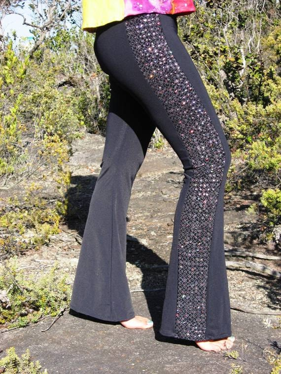 Ultra Low Rise Black Bell Bottom Yoga Pants With Sparkly