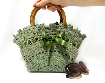 Crochet bag, Handmade tote bag, Midi Bag, Purse, Green handbag, Medium handbag, wooden handle, Crochet tote bag