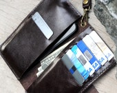 iPhone5/ Full option soil brown leather iphone wallet with wristlet strap and mini hole for headphone