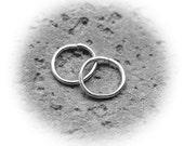 Elegant Extra Small Sterling Silver Hoop Earrings - Cartilage Hoops - Helix Ring - Tragus Piercing /  Endless hoops / Catchless /  Inner
