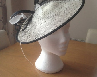 Large Black and White Saucer Sinamay Fascinator Formal Hat, weddings, races, Derby, Melbourne Cup